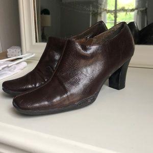 Brown Leather Aerosoles Heeled Booties